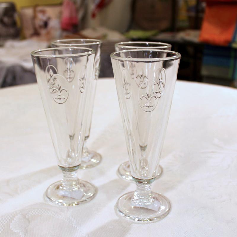 Set Of 4 Fleur De Lys Champagne Flutes