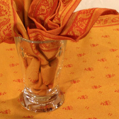 "64"" x 118"" Jacquard Tablecloths"